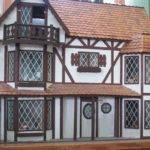 Making Tudor Windows Dollhouse Decorating