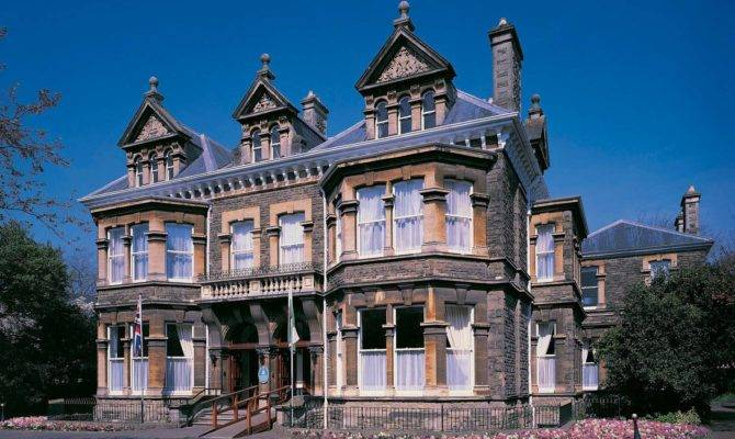 Mansion House Visit Cardiff