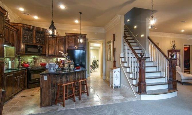 Million Dollar Home Luxury Basement