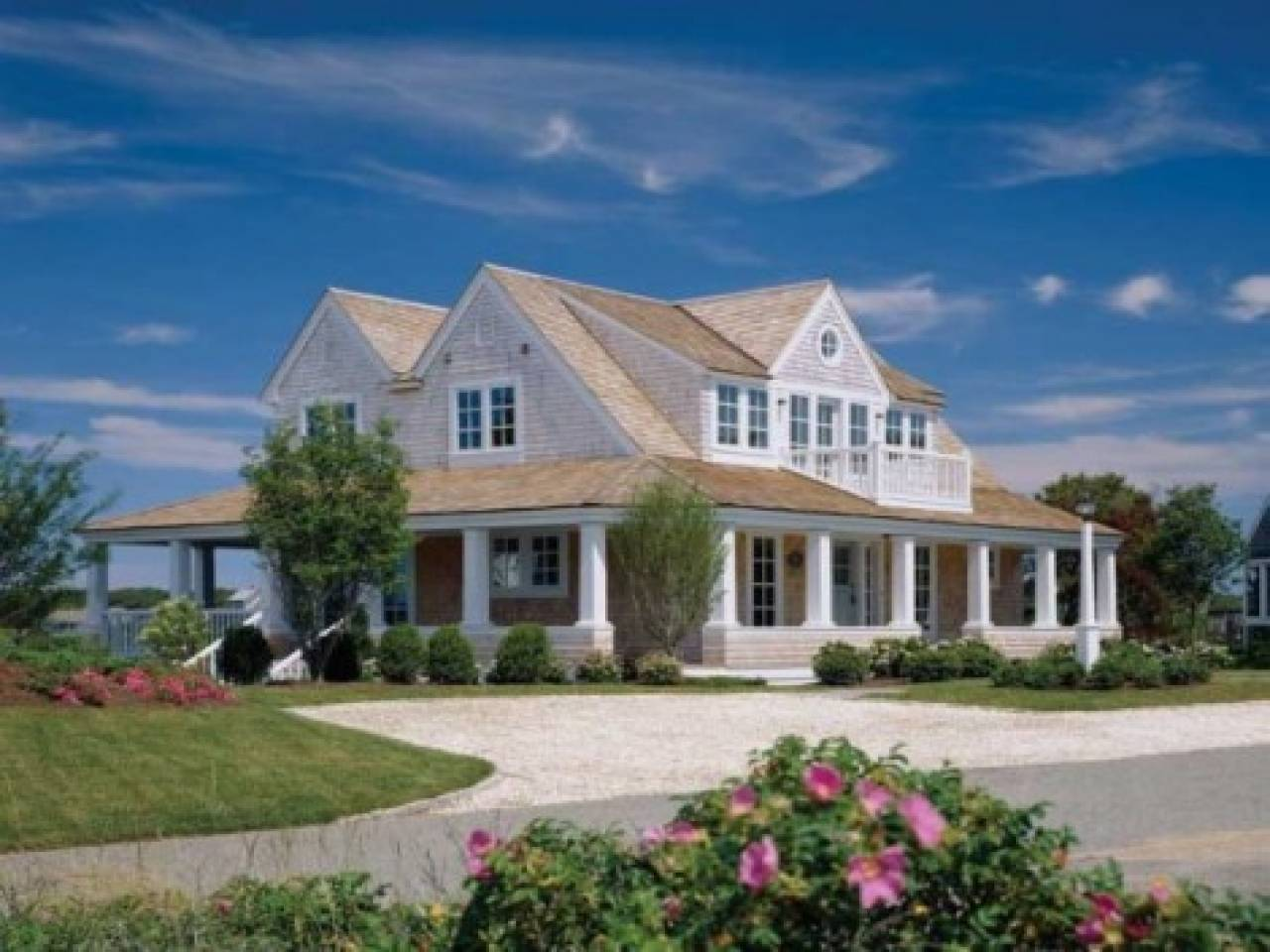 Modern Cape Cod Style House Ranch