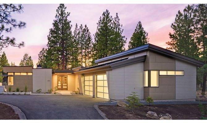 Modern Courtyard Home Uses Passive Solar Design Hwbdo