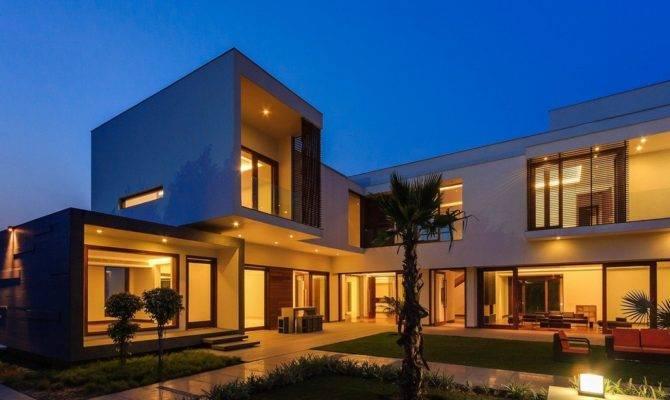 Modern Farmhouse Dada Partners New Delhi India