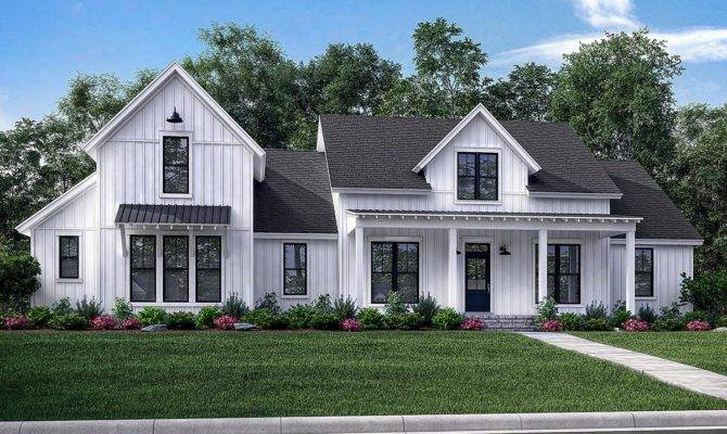 Modern Farmhouse Plan Square Feet Bedrooms