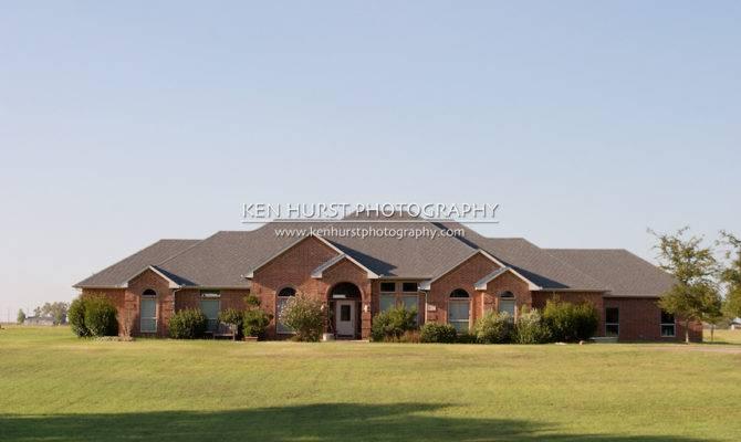Modern Large Ranch Style Brick House Ken Hurst Photography