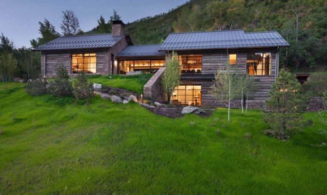 Modern Mountain Home Designed Artist Slopes