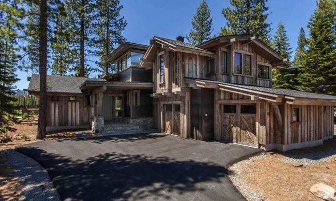 Modern Mountain Home Striking Design Details