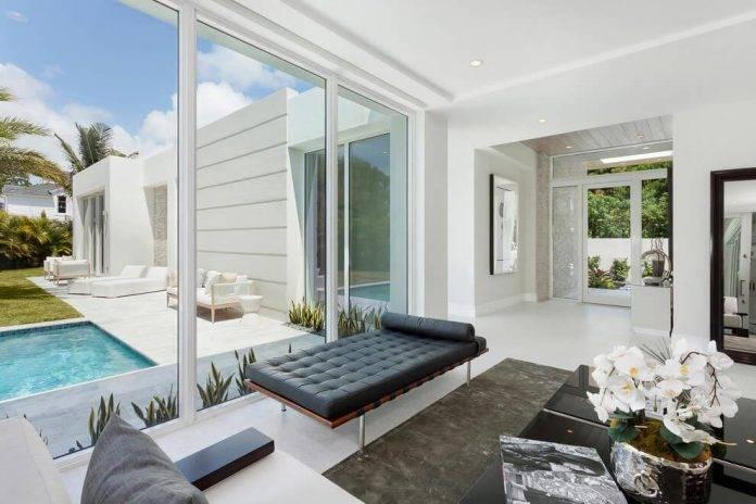 Modern Single House Located Delray Beach Florida Designed Ibi