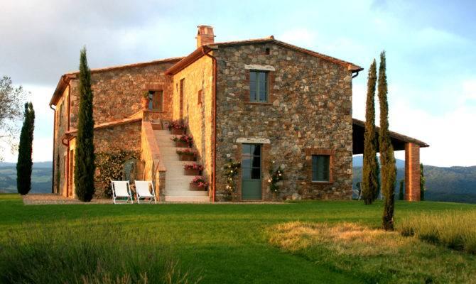 Modern Tuscan Farmhouse