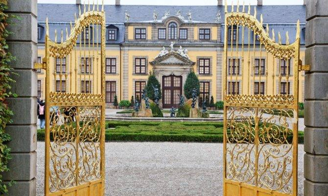 Most Expensive Mansions World Therichest