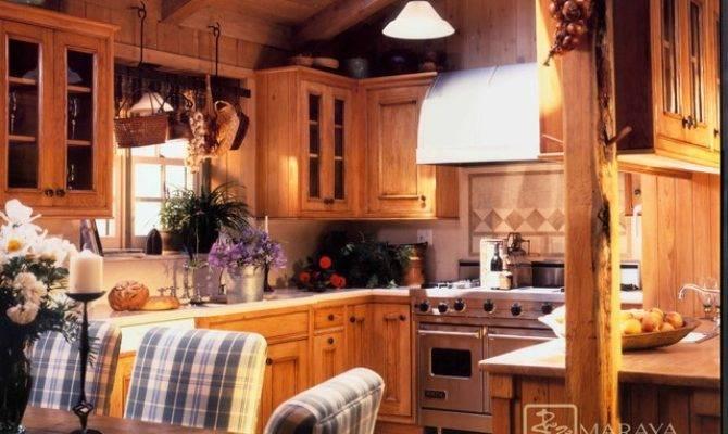 Mountain Home Kitchen Farmhouse Santa