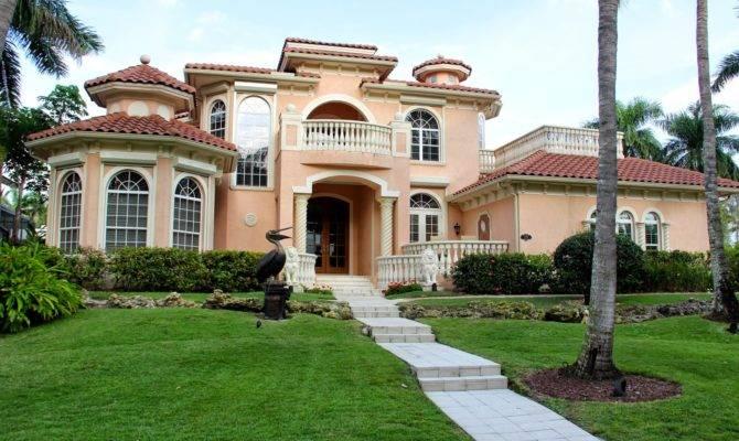 Naples Hartford Season Big House Mansion