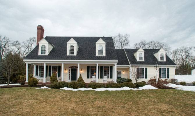 New England Style House Colonial Ideas Design