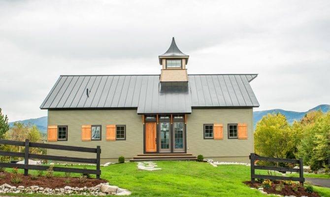 New House Built Look Like Old Barn