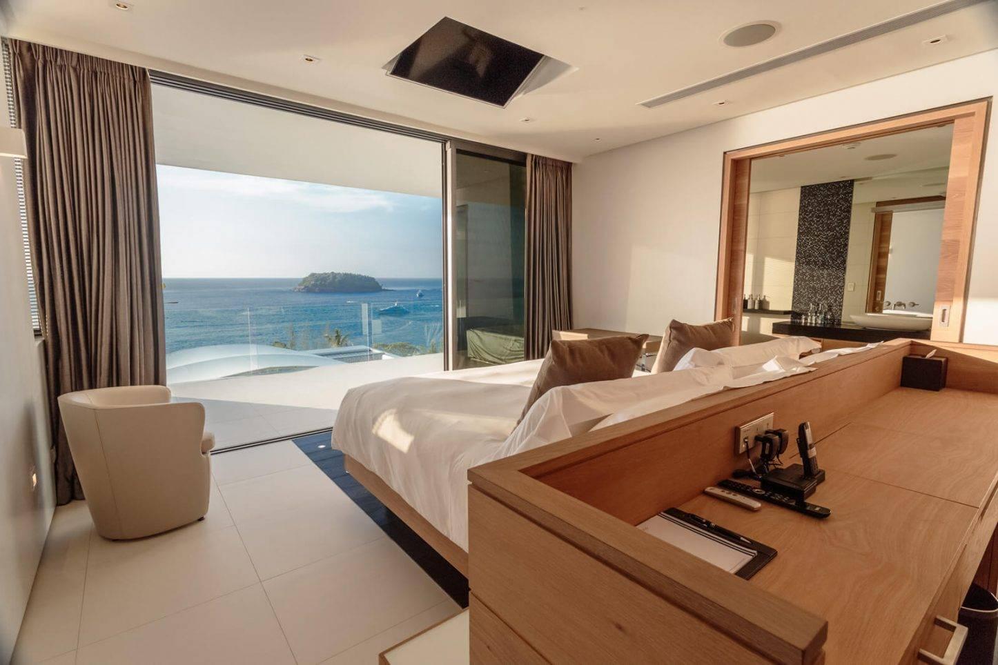 Oceanfront Villa Phuket Three Bedroom Sky Pool