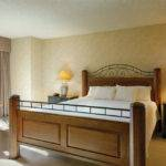 One Bedroom Suite Jacuzzi Tub