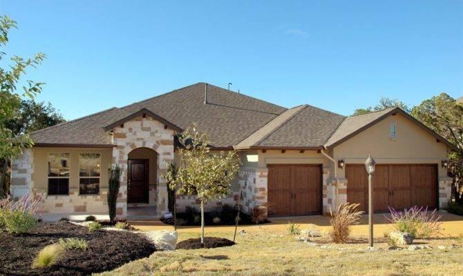 One Story Stucco Stone Homes Popular Plan