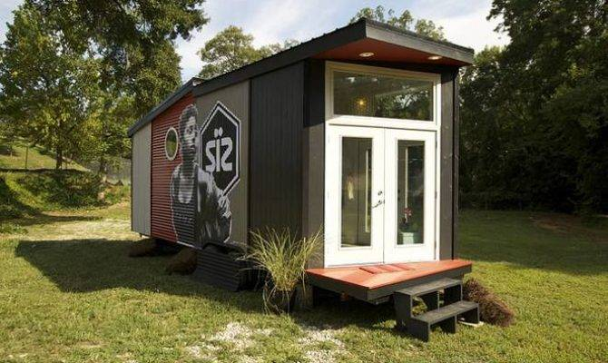 Open Concept Modern Tiny Home Has Plenty Personality