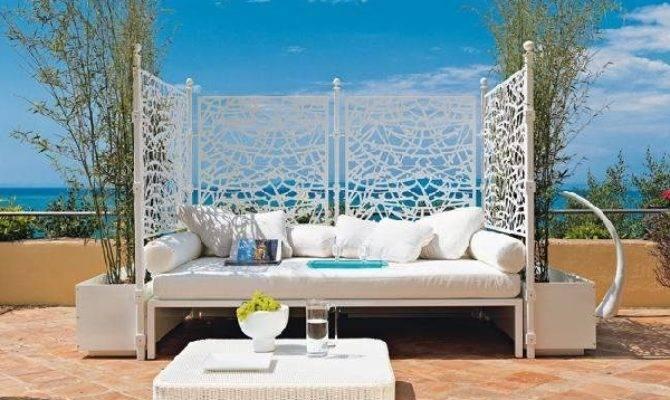 Outdoor Beds Offer Pleasure Comfort Style