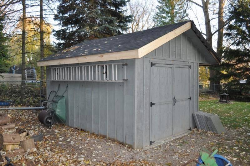 Outdoor Locking Ladder Storage Garage Journal Board