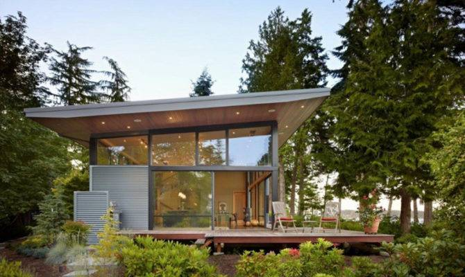 Pacific Northwest House Located Wooded