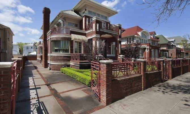 Palatial Home Ocean Parkway Near Brighton Beach