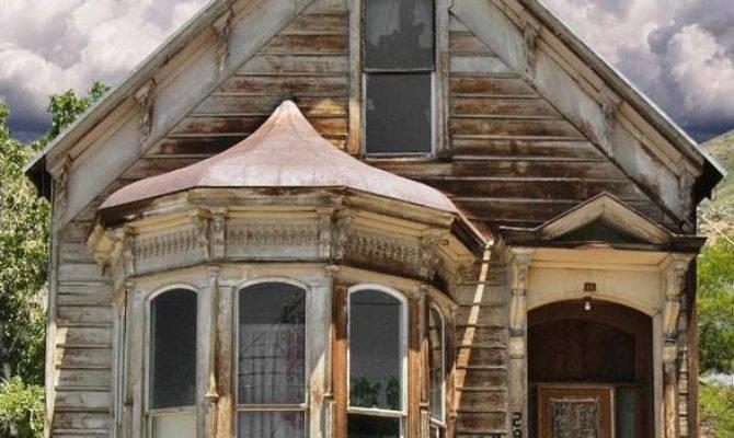 Photos Old European Houses