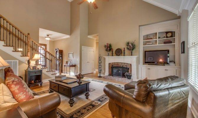 Pics Photos Cathedral Ceiling Living Room Design