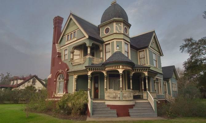 Pin Deborah Leis Victorian House Obsession Pinterest