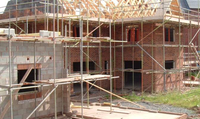 Private Sector Drives Growth Across Building