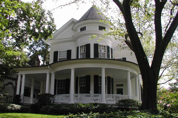 Queen Anne Style Home