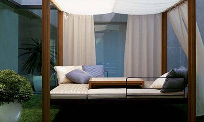 Romantic Outdoor Canopy Beds Futura Home Decorating