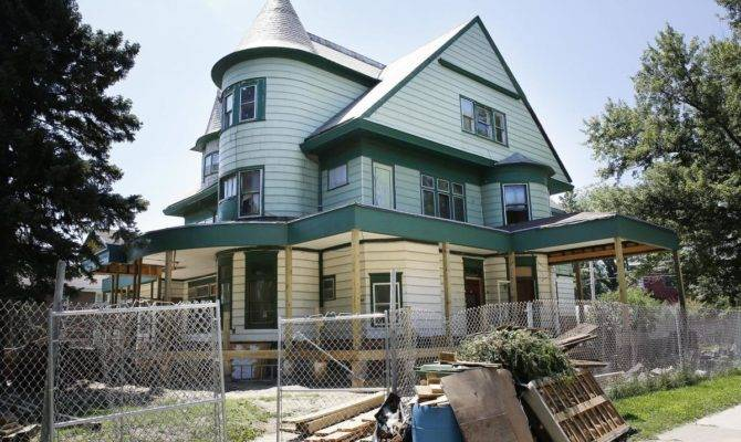 Rose Hill Mansion Owner Granted Another Chance Save