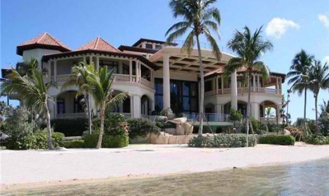 Ruez Living Beach Front Homes