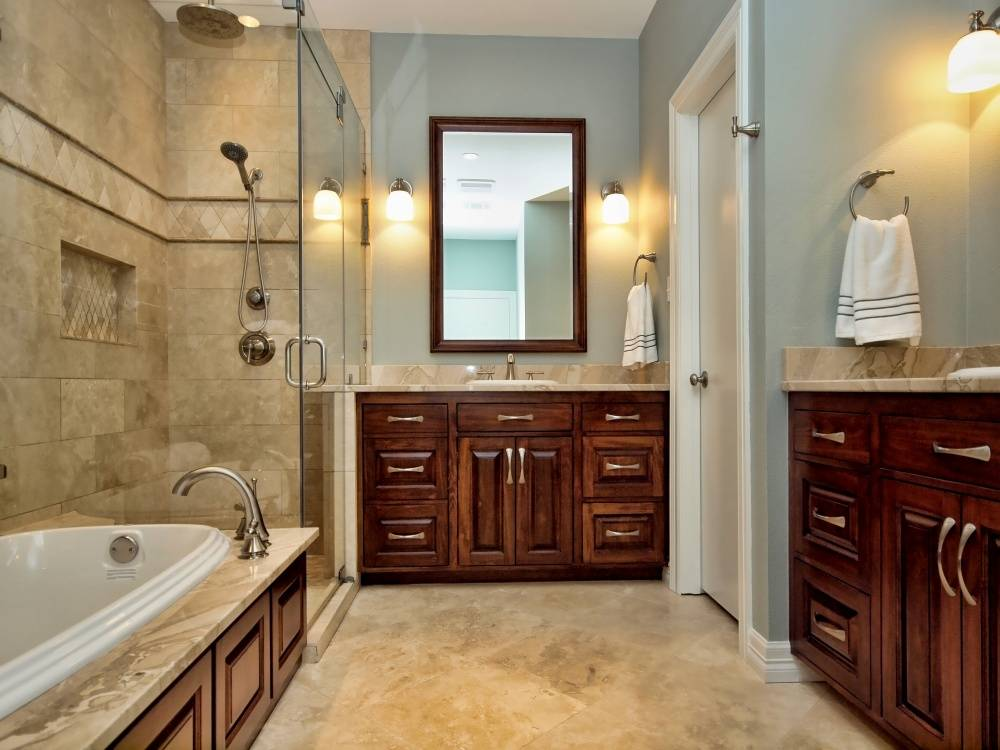 Sharon Master Bathroom