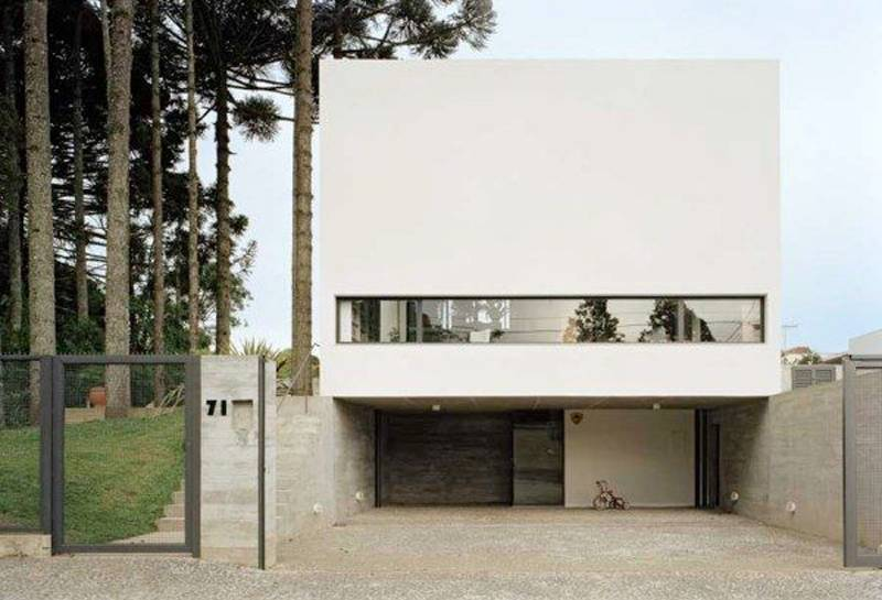Simple Beautiful White Villa Part Houses Peaceful