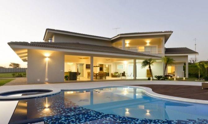Sleek Simplicity Modern Style Homes Homeyou