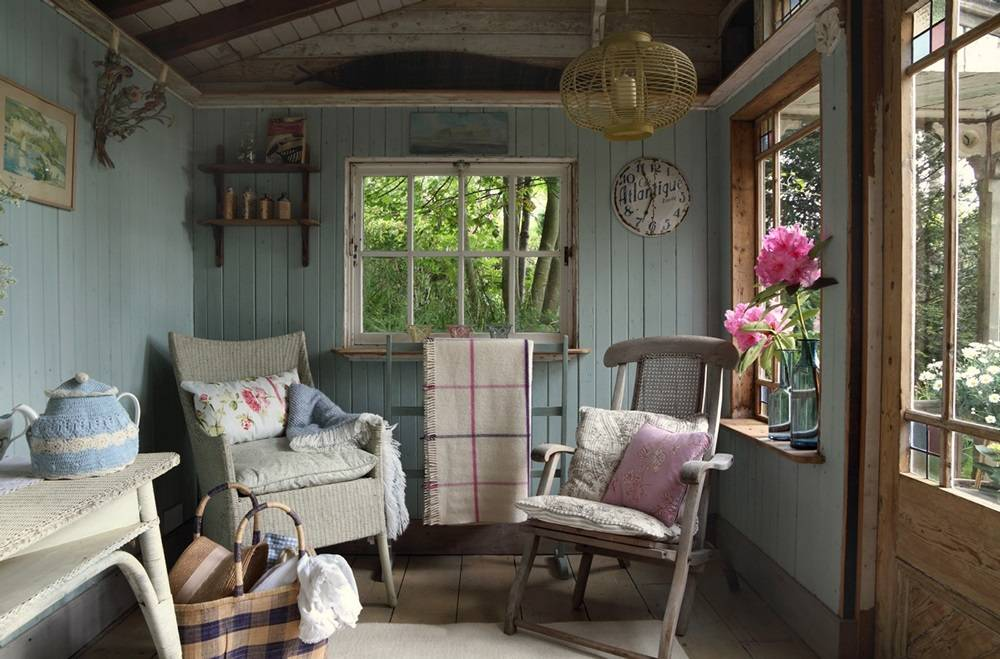 Small Island Cottage Traditional Interior Digsdigs