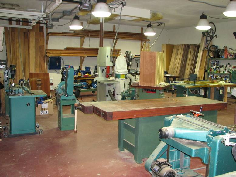 Small Woodworking Shop Design Quite