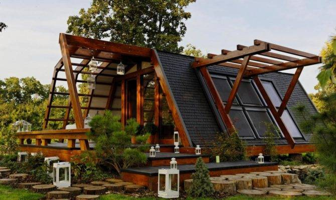 Soleta Zeroenergy One Small House Bliss