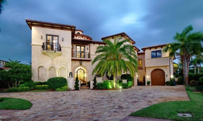 Spacious Mediterranean House