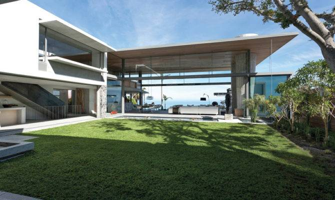 Spectacular Atlantic Seaboard Showpiece Saota