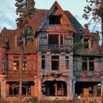 Spookiest Creepiest Old Houses Sale America