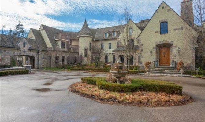 Square Foot Story Book Castle West Bloomfield Real