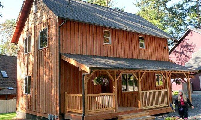 Story Universal Cottage