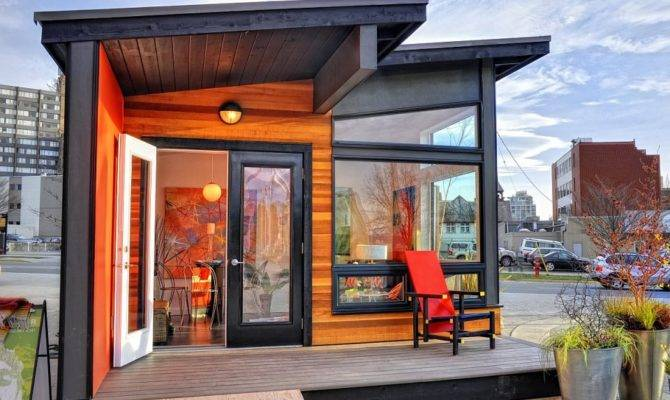 Studio Modern Prefab Cottage Small