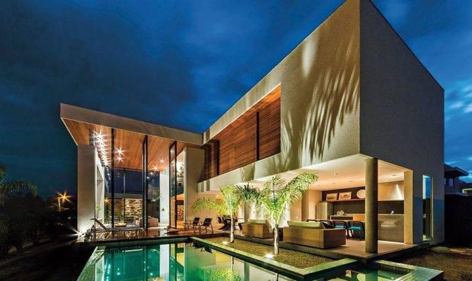 Stunning Brazilian Home Spagnuolo Architecture