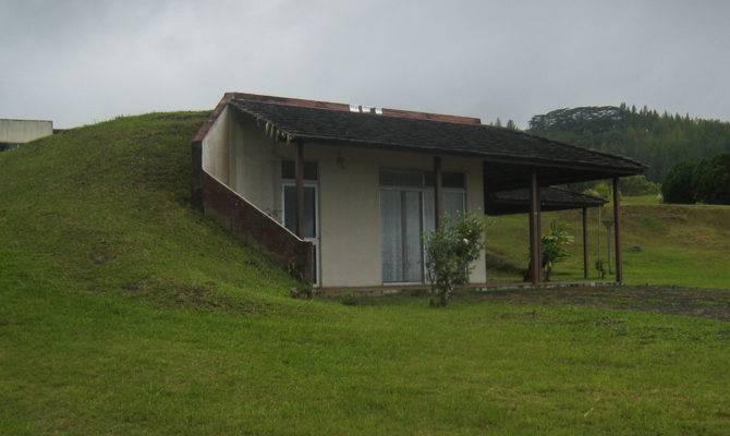 Stunning Homes Built Into Hillside Building Plans