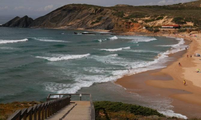 Surfer Guide Algarve Coast Portugal Matador