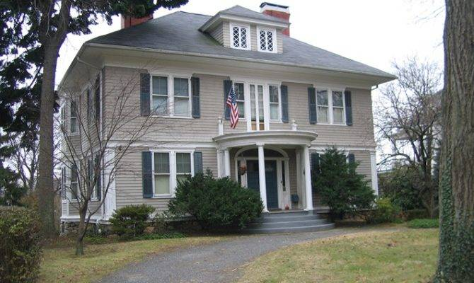 Sutton Manor Wooden Colonial Home New Rochelle