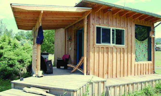 Ten Super Cool Tiny Houses Shelters Treehouses Houseboats